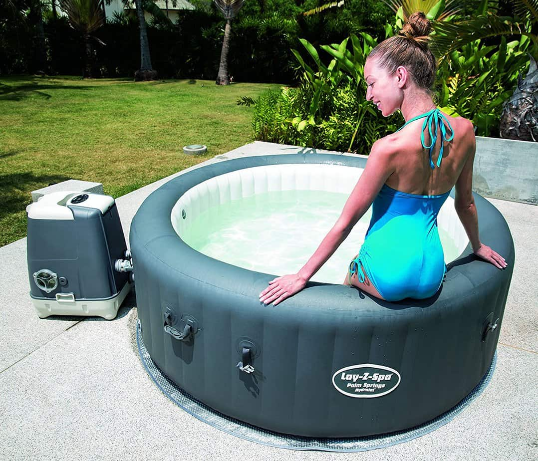 Lazy-Z-Spa Palm Springs HydroJet is very sturdy which means you can sit on sides without it giving way