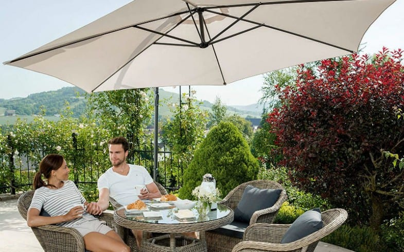 The Best Cantilever Parasol & Top 6 Models & Detailed Reviews