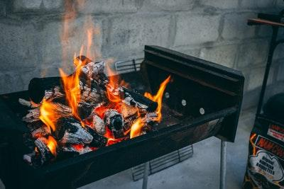 How to cook on a charcoal bbq