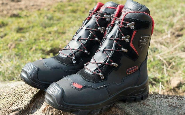 Best Chainsaw Safety Boots & Top 4 Pairs Compared & Class 1, 2 & 3