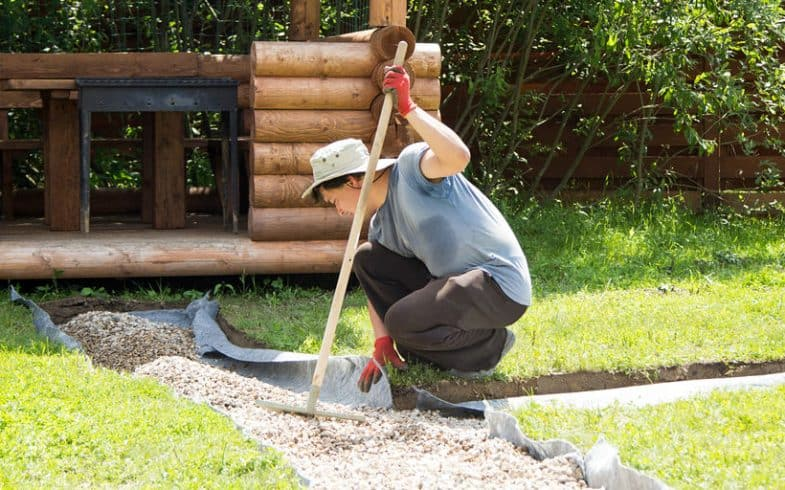 Top 3 Best Gravel Landscape Rakes With Reviews