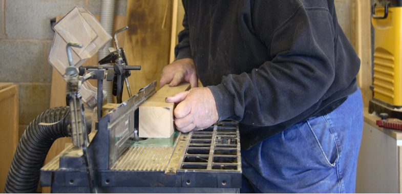 Top 6 Best Router Tables, buyers guide and reviews