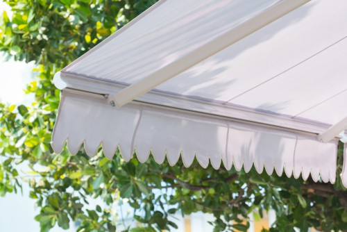 Choosing the best type of fabric for awning