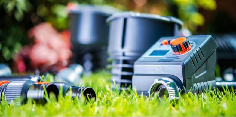 5 Best Automatic Watering Systems for flower beds and pots
